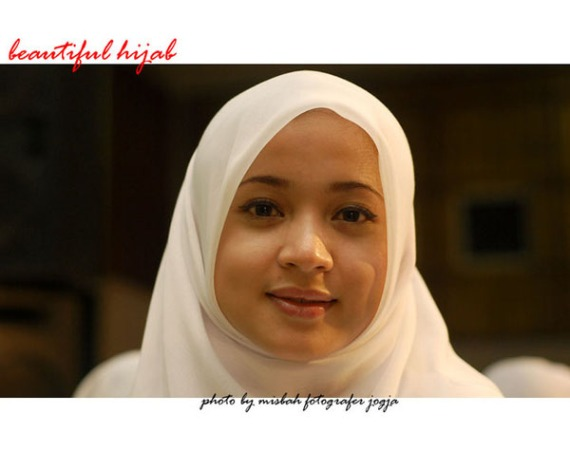 Fotografer Foto Model Jilbab Cantik Kerudung Rabbani | Beautiful Hijab Modelling Photography