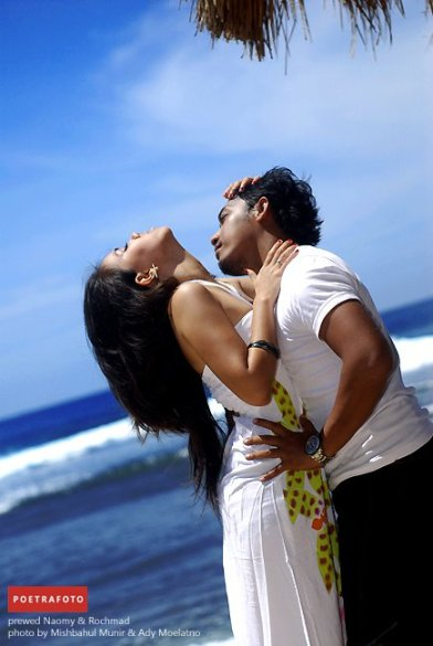 Foto Prewedding by Poetrafoto Photography Studio