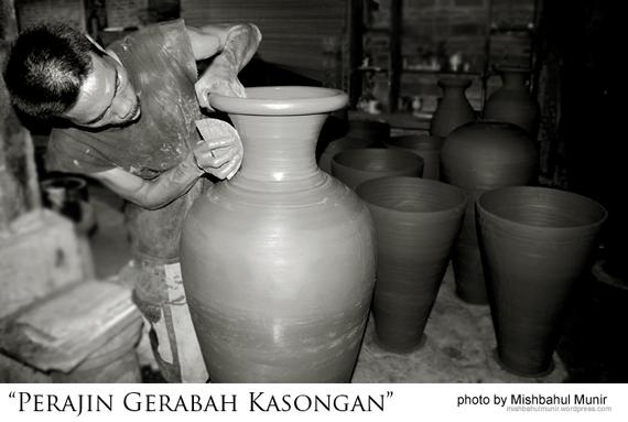 Pengrajin Gerabah Kasongan Bantul by Misbah Fotografer Jogja