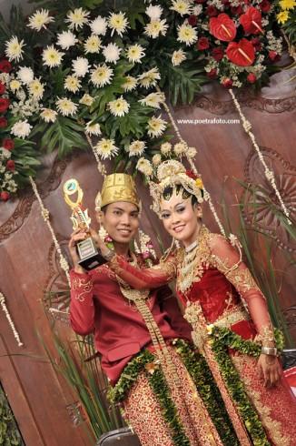Foto Portrait Wedding Pernikahan Pengantin Jawa Risti & Devit di Sleman Yogyakarta by POETRAFOTO Photography Indonesia