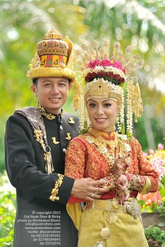 Foto Pre Wedding dengan Baju Pengantin Adat Pernikahan Meulaboh Aceh