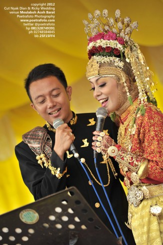 Foto Pernikahan Adat Aceh Cut Nyak Dian & Ricky Happy Wedding at Meulaboh Aceh Barat by POETRAFOTO Photography Fotografer Yogyakarta Indonesia