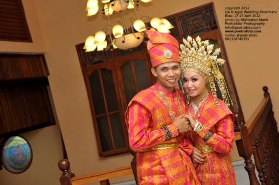 Foto Wedding Baju Adat Pernikahan Melayu Perkahwinan di Pekanbaru Riau
