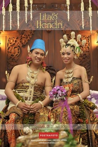 Foto Pernikahan Adat Jawa LITA & HENDRI Wedding di Gedung Diponegoro Jogja
