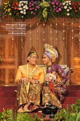 Foto Pernikahan Adat Jawa Baju Muslim Islami | a Wedding Mitha & Andri di Jogja
